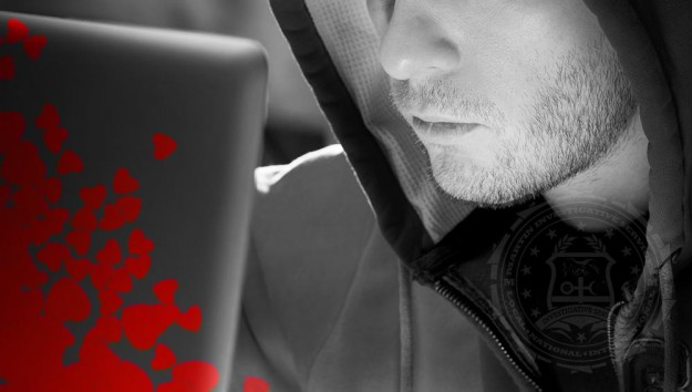 Valentine's Day: Avoid long-distance online relationships